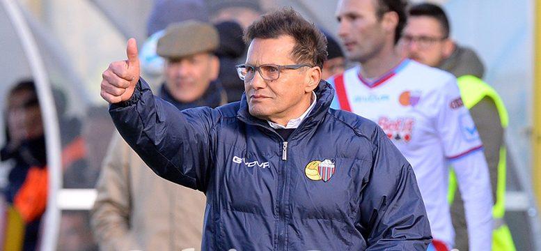 Calcio Catania Calendario.Corsa Alla B Calendario Favorevole Al Catania Ecco Le